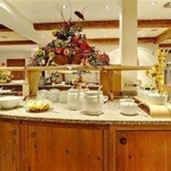 Frühstücksbuffet in einem Hotel