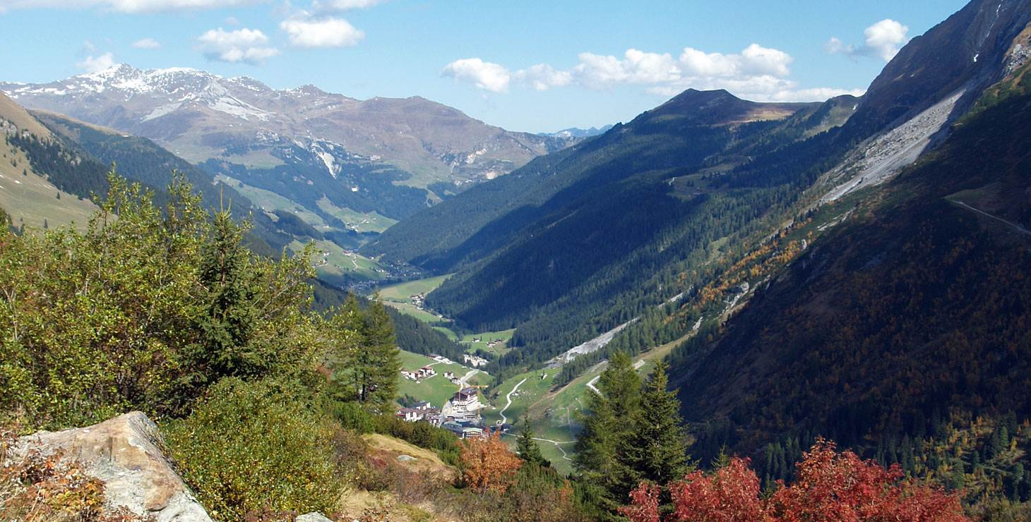 Blick vom Berg ins Tal
