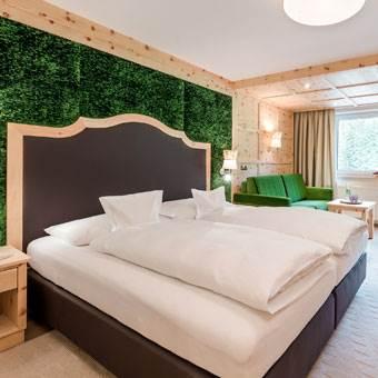 Doppelbett in einem Hotel